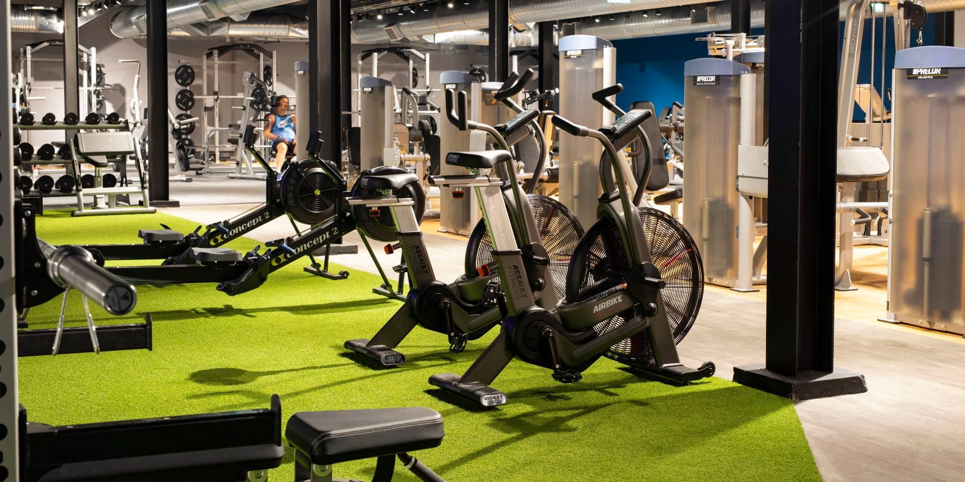 Gym-Equipment 2